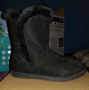 Cat & Jack boots kids size 6
